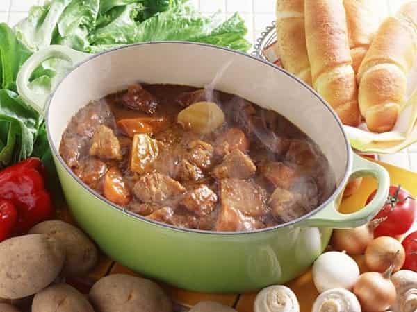 Рецепты вкусных салатов и закусок на праздничный стол