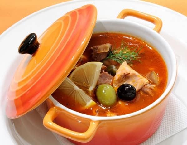 суп солянка с колбасой рецепт приготовления в домашних