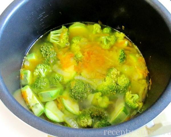 Суп-пюре с кабачками и цветной капусты